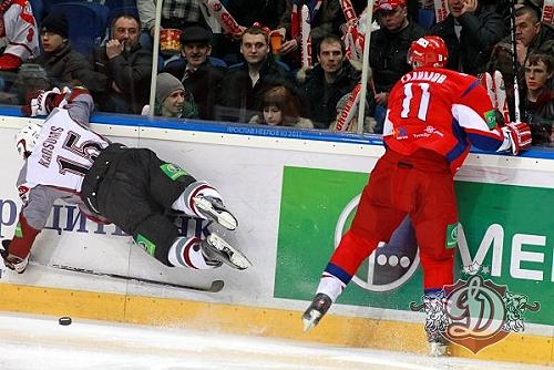 20_Karsums_vs_Lokomotiv_PO_otra_2011-03-10_dinamoriga_eu_garam_lidoja_M