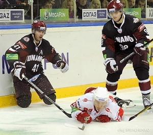 Ivanans_un_Biezais_vs_Spartak_2012-09-28_nahl_lv_O_Siracenko